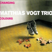 covers/133/changing_colours_94613.jpg