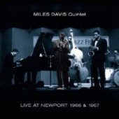 covers/429/live_at_newport_1966_1967_davis.jpg