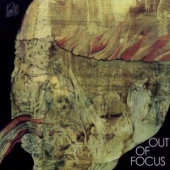 covers/589/out_of_focus_1196236.jpg