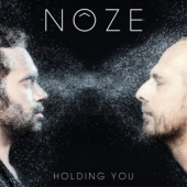 covers/678/holding_you_noze_remix_1334981.jpg