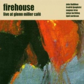 covers/716/live_at_glenn_miller_cafe_1200892.jpg